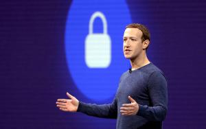 Facebook i hardt vær, anklagene tårner seg opp