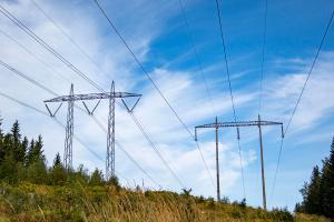 Rødgrønn uenighet om hvordan strømregningen skal senkes