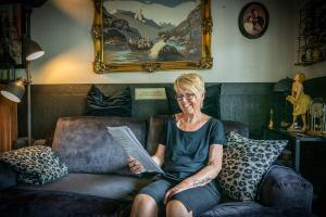 Rekordlang kø: Lisbeth (64) har satt livet på vent