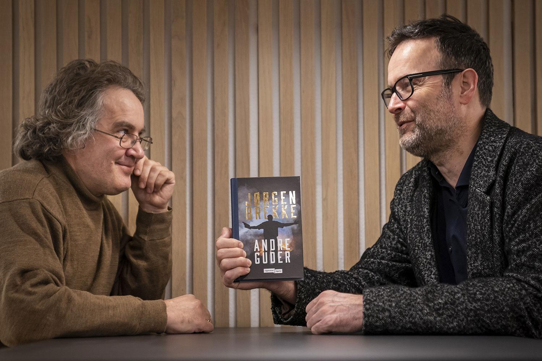 Forlag satser på kortformatet – Jørgen Brekke først ut